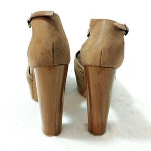 Jessica Simpson Leather 7 Inch High Heel Shoes